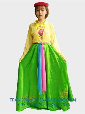 thuê áo tứ thân ở tphcm với giá rẻ và đẹp